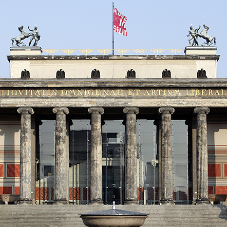 The image shows: Altes Museum