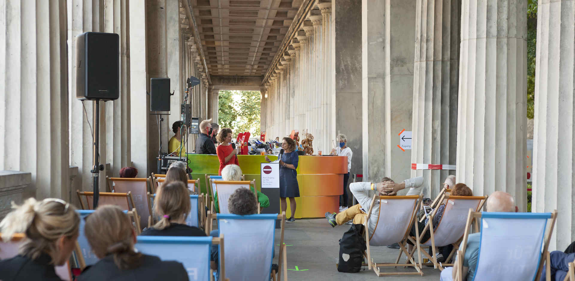Kolonnaden Bar on the Museumsinsel Berlin from 8 July to 12 August 2021