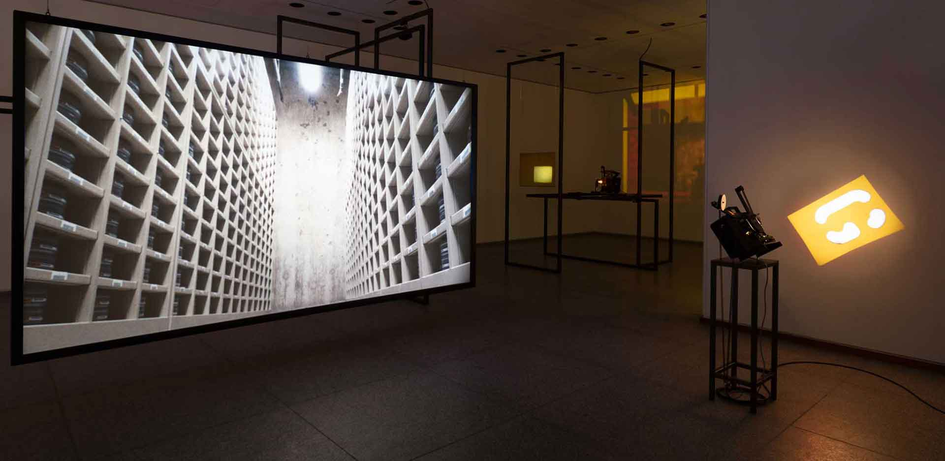 Rosa Barba. In a Perpetual Now, Exhibition view, Neue Nationalgalerie, 2021